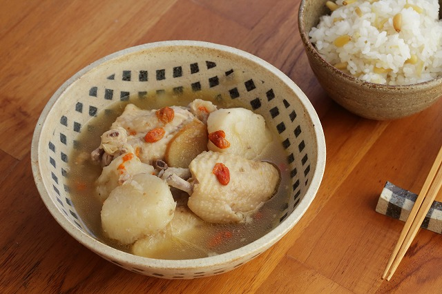 鶏肉と長芋の薬膳レシピ